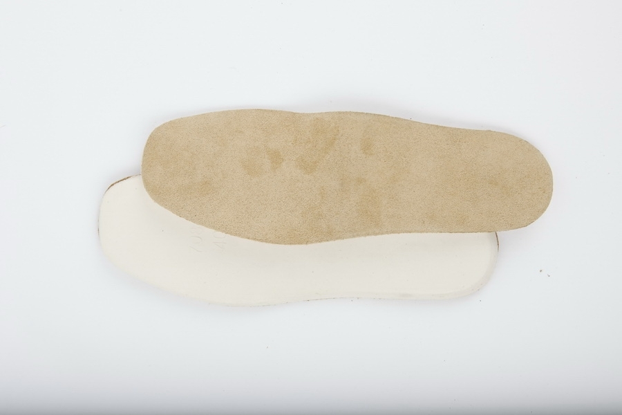 Suede_foot_bed_4f798be522a4a